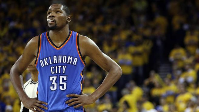 kevin durant in a thunder uniform